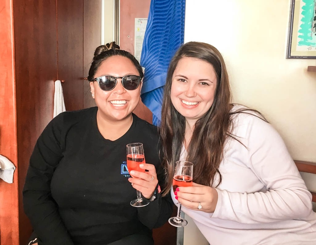 carnival_ecstasy_cruise_new_years_eve_gina