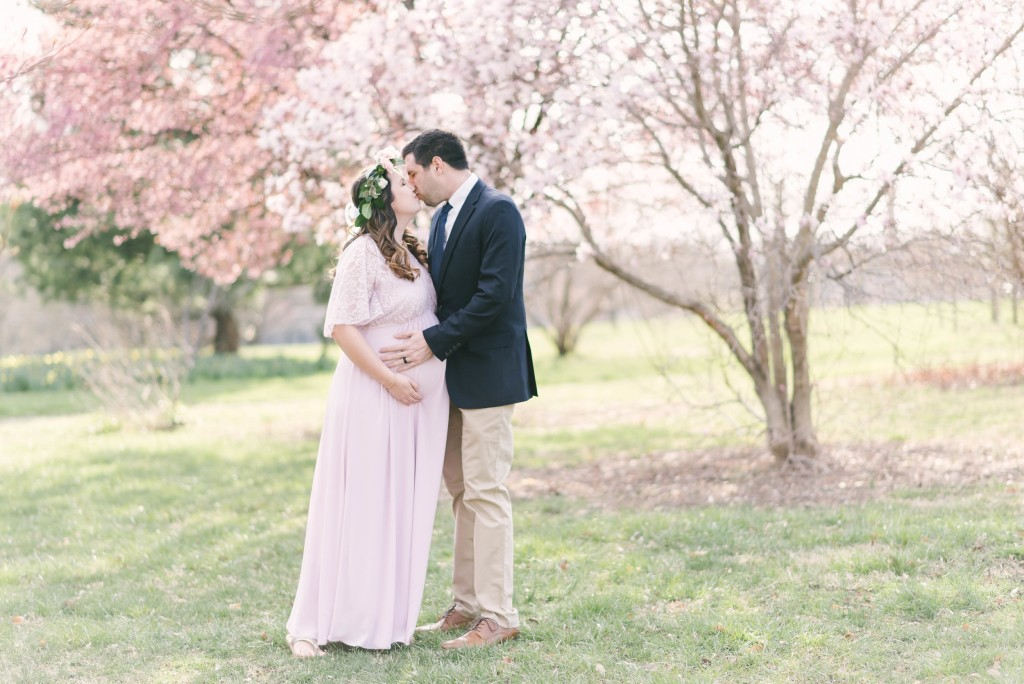 cherry+blossom+maternity+maryland+anne+casey+photography