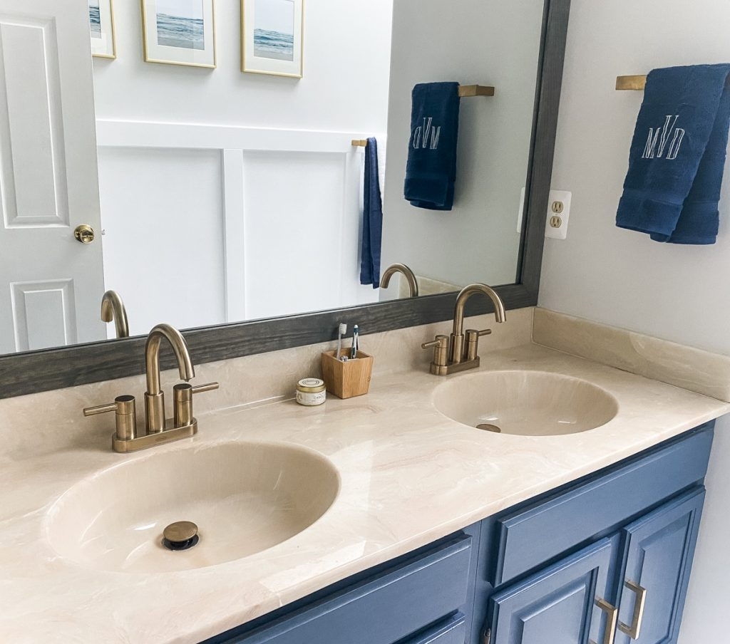 Bathroom_refresh_nautical_navy_vanity